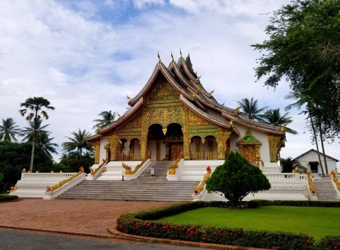 Local travel, off the beaten track, homestay, cruise tours, trekking tours, cycling tours, vacations, and all-inclusive resorts in Vietnam, Cambodia, and Laos.